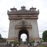 L'arc de triomphe de Vientiane.