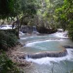Les nombreux bassins au pied de la cascade (il est possible de s'y baigner).