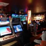 Les salles d'arcade sont encore très populaires au Japon.
