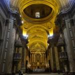 La nef centrale de la cathédrale métropolitaine.