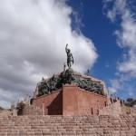 Monument dédié aux martyrs de la patrie à Humahuaca.
