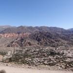 Le village de Tilcara vu depuis la colline est.